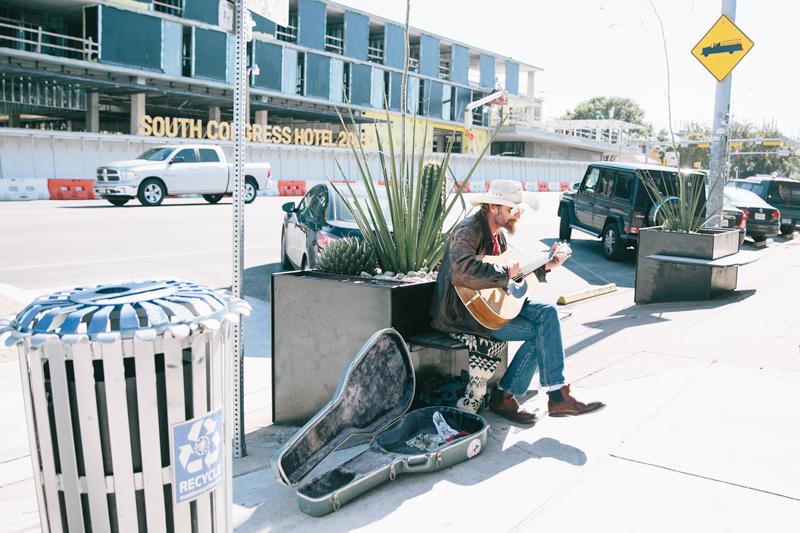 guy-guitar